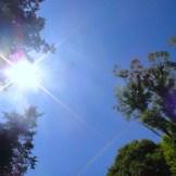 紫外線との攻防戦に勝つ!人気の日焼け止めランキング