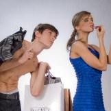 【心理テスト】荷物持ちは男の仕事?
