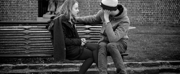 会えなくて辛い…遠距離恋愛でも彼と愛を深め、長続きさせる10の方法