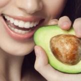 大人ニキビを改善するために必要な栄養素と食事