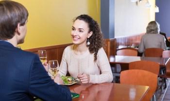 350 カップル デート 食事 カフェ レストラン