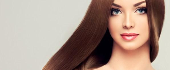 髪がキレイな外国人女性