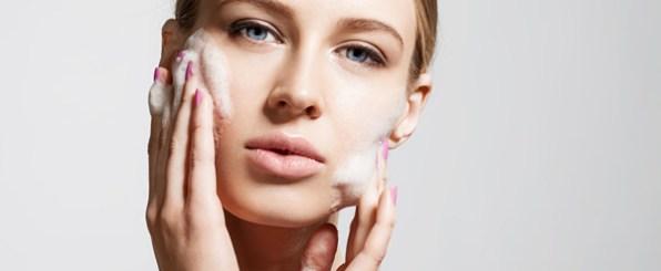 化粧品が合わないのは洗い方が悪い!?正しい洗顔の仕方は??