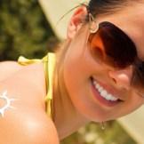 美白と紫外線対策が同時にできる!?顔には日焼け止め美容液で対策を♪