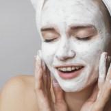 フェイシャルピーリングで透き通るお肌を手に入れよう!おすすめのピーリング化粧品
