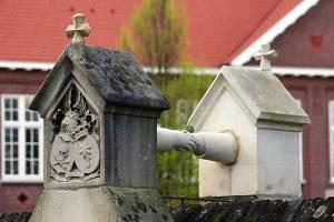 Het bijzondere graf van een jonkvrouw en een kolonel in Roermond