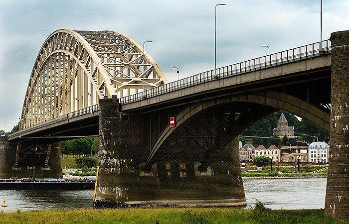 De Waalbrug uit 1937 in Nijmegen