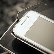 Gratis mobiele telefoon voor kansarme brugpieper