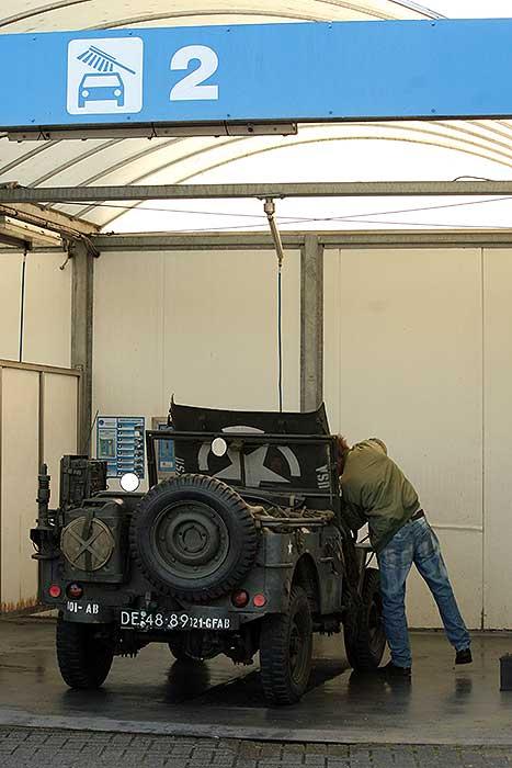 Willys jeep wassen
