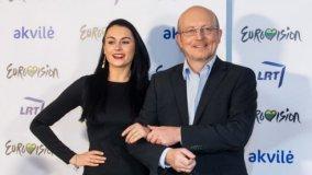 """Jubiliejinės nacionalinės """"Eurovizijos"""" vedėjai – Arūnas Valinskas ir Simona Nainė"""
