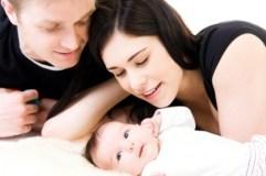 Kaip tapimas tėvais gali paveikti poros santykius? Patarimai jauniems tėveliams