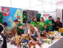 MEKSIKA. Lietuvės antrąkart garsina Lietuvą milijonus lankytojų sutraukiančioje mugėje