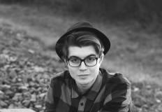 Jonatanas Kazlauskas – dainuojantis ir dainas apie meilę kuriantis programuotojas