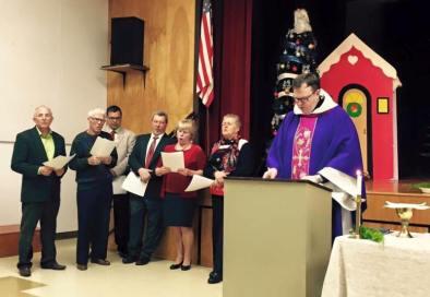 Antrąsyk specialias adventui skirtas pamaldas Portlande aukojo Šv. Kazimiero parapijos Los Andžele klebonas kun. Tomas Karanauskas.