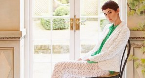 Pavasario įkvėpta prabangi ir elegantiška Londone gyvenančios lietuvės kolekcija