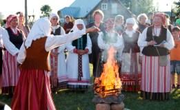 Kupolinių šventėje Šiauliuose – lietuviški papročiai