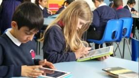 Socialiniai tinklai mokykloje: drausti ar įtraukti?