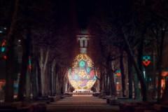 Kaunas pasipuošė milžiniškais Velykų margučiais