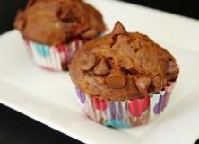 Šokoladiniai keksiukai su rikota ir uogomis