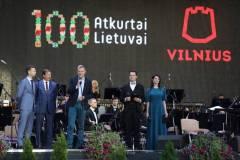 """Vilniuje nuskambėjo """"Šimtmečio garsai"""" – trijų Baltijos šalių sostinės šventė laisvę"""