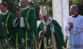 Popiežiaus aukojamose šv. Mišiose Kaune – daugiau nei 100 tūkst. žmonių
