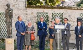 Prancūzijoje įamžintas poeto ir diplomato Oskaro Milašiaus atminimas