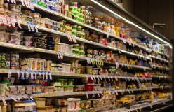 Iš prekybos vietų atšaukiama beveik 400 tonų pieno produktų