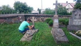 """Laisvės gynėjų kapus fotografuojantis Vytautas: """"Tai darau, kad nepamirščiau savo šaknų"""""""
