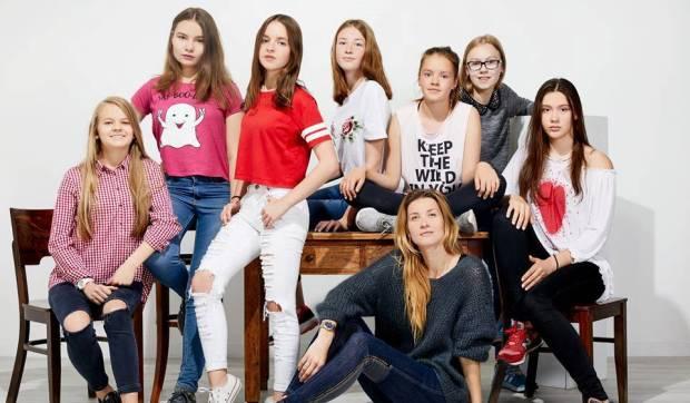 Eglė Kislovski su mergaitėmis