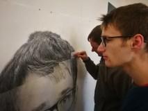 Su broliais Gataveckais vaikų namuose užaugęs Danielius svajoja tapti menininku: pristato pirmuosius savo kūrinius