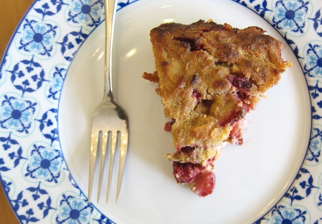 Strawberry-Plum Pie (grain-free, sugar-free, dairy-free)