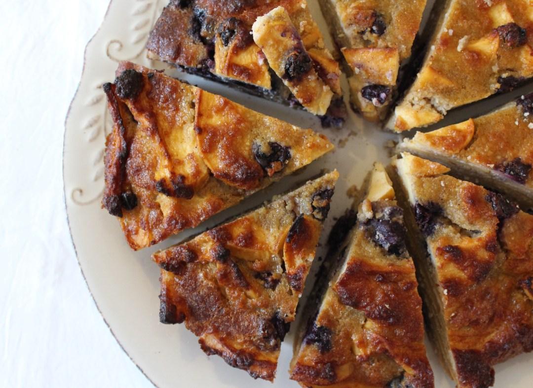 Apple & Blueberry Pie (grain-free, gluten-free, sugar-free, Paleo)