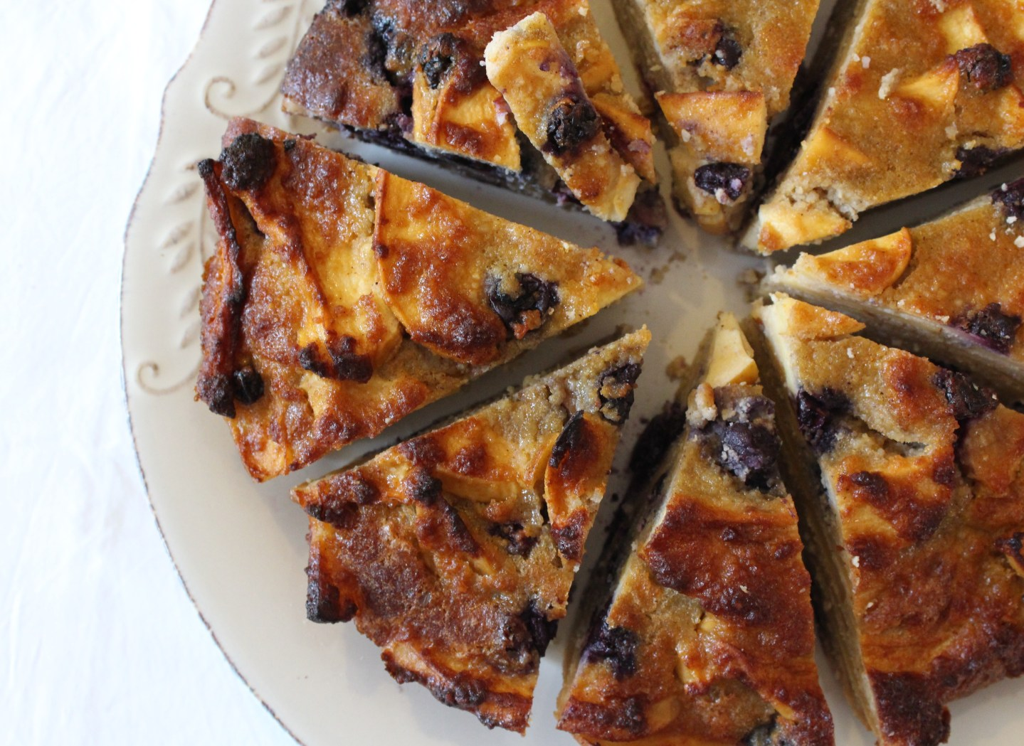 Apple & Blueberry Pie (grain-free, gluten-free, sugar-free, Paleo)