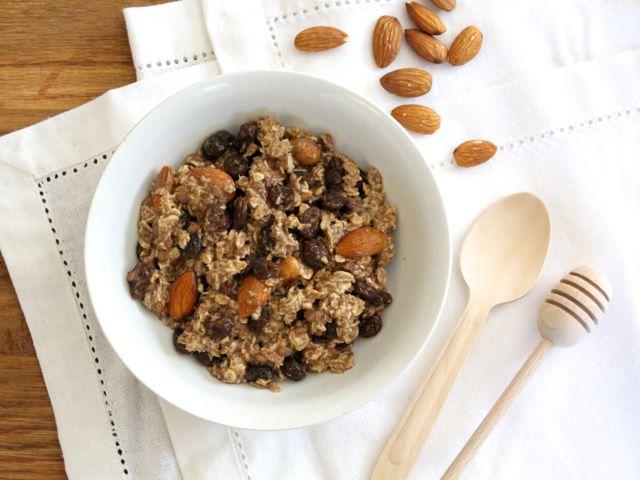 Overnight Raisin, Almond & Flax Oats (gluten-free, sugar-free, dairy-free)