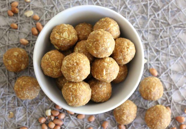 Peanut Butter, Coconut & Oat Bites