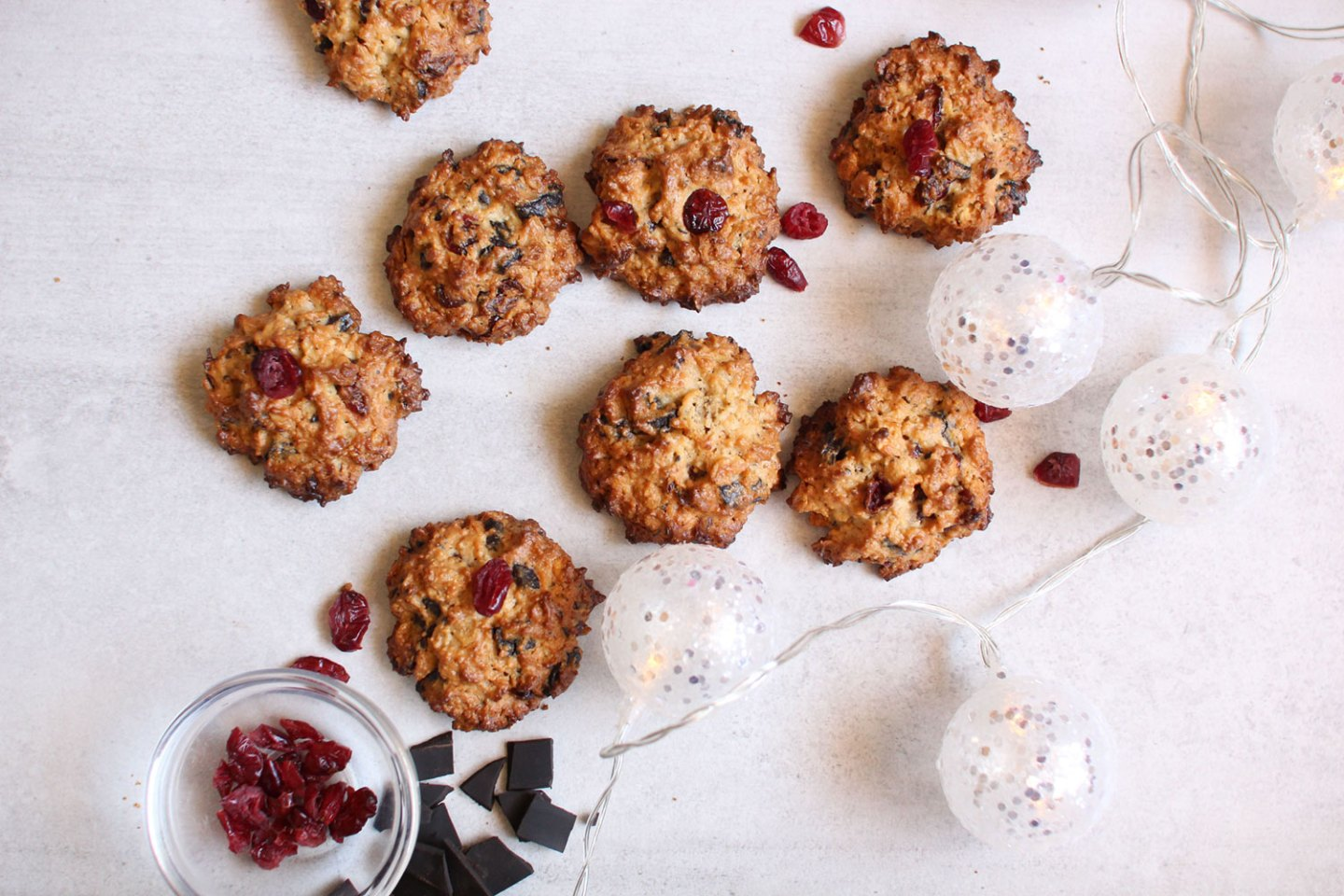 Chocolate, Cranberry & Oat Cluster Cookies (gluten-free, dairy-free, sugar-free)
