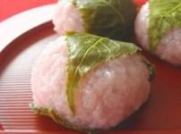 桜餅葉っぱ食べる