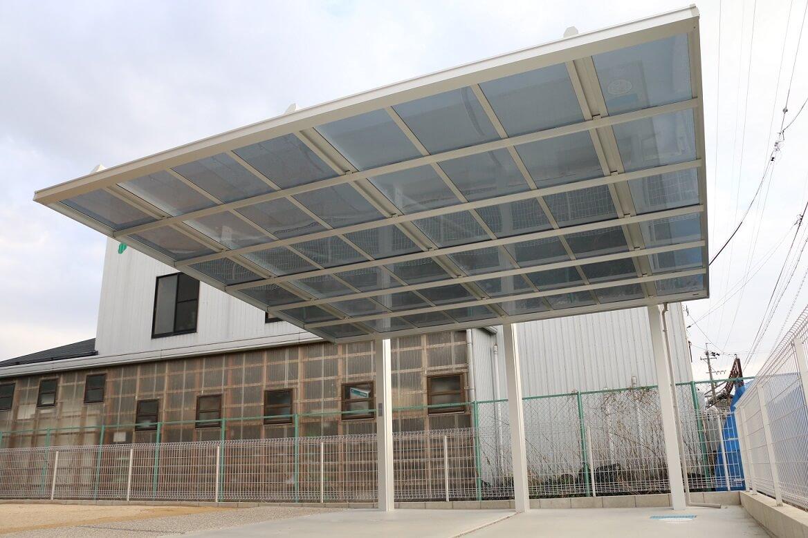 岡崎市エクステリア外構広々駐車場で機能性重視なナチュラルモダン外構