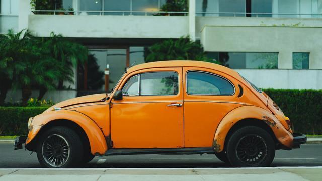 【悲報】一人暮らし大学生で車って維持できそう?→結果・・・・・・・・・・・・・・・・・・・・・・・