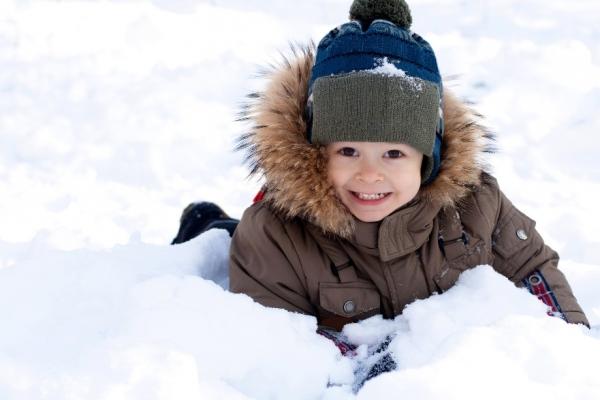 10 советов по безопасности детей зимой