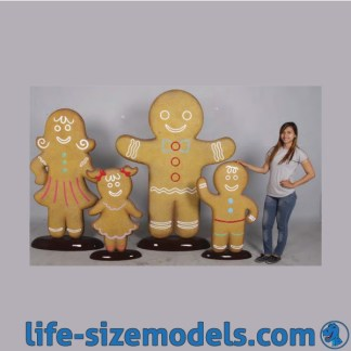 Gingerbread Family Figures 3D Realistic Lifesize Christmas Models