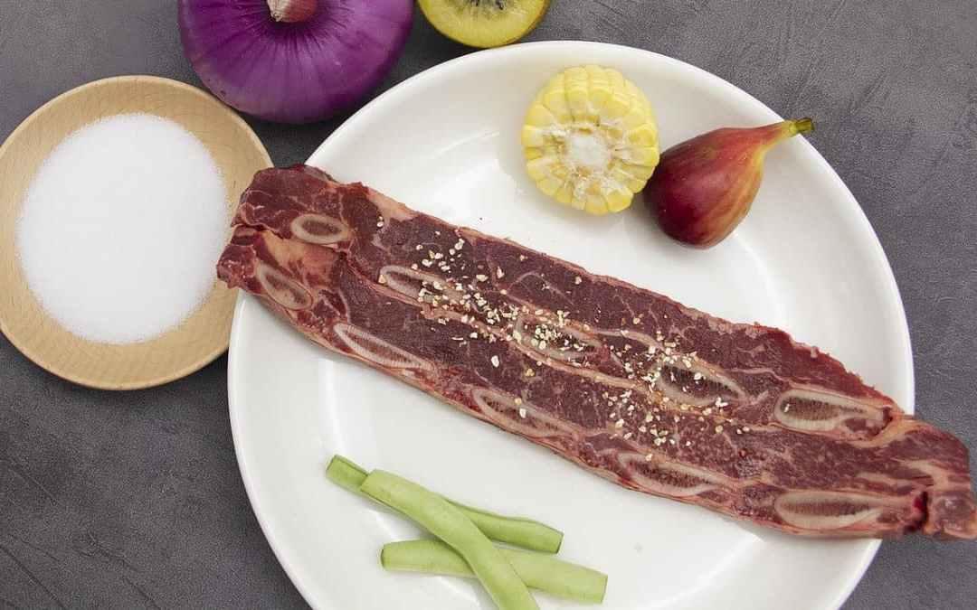 《銀杏蜜梨牛小排回鍋肉》幫助身體代謝、抗空汙防發炎