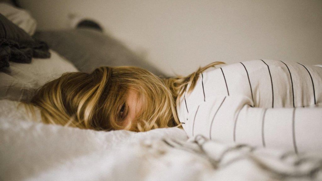 睡眠不足-壓力-孤單-免疫力下降
