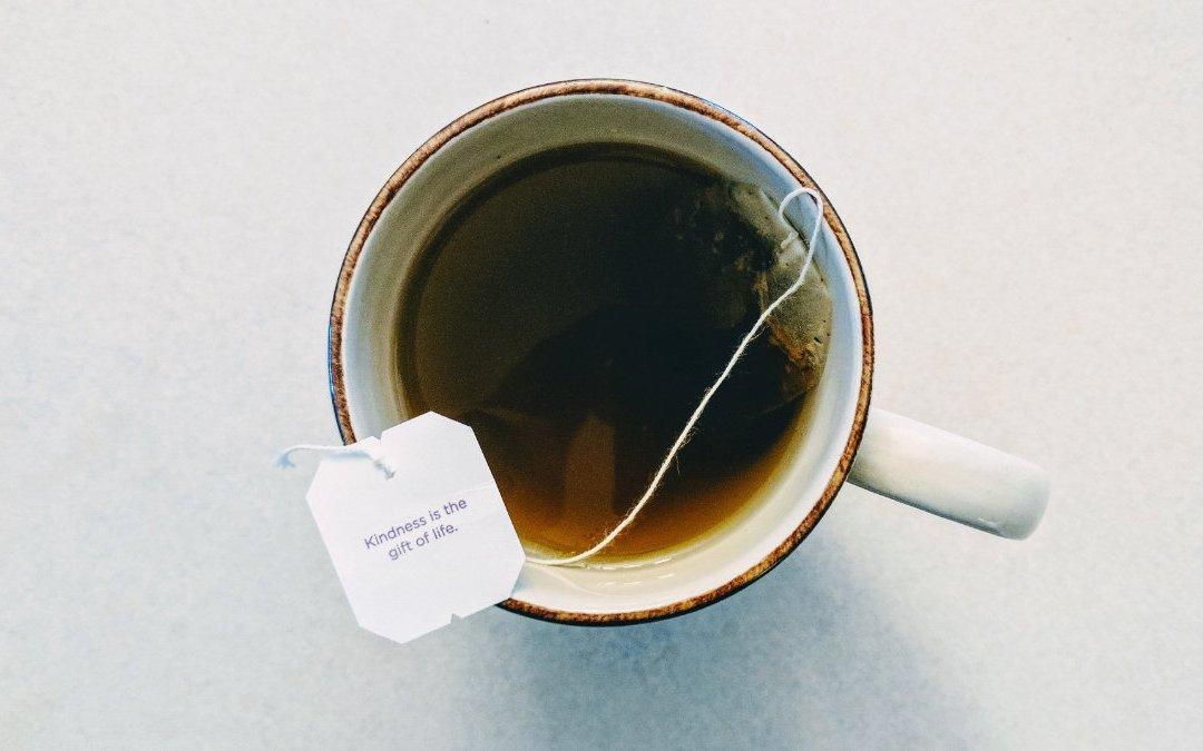喝茶聊天讓你放鬆心情 聊聊茶葉特有的茶胺酸吧!
