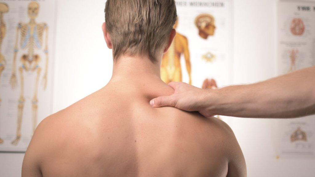落枕-肩頸痠痛