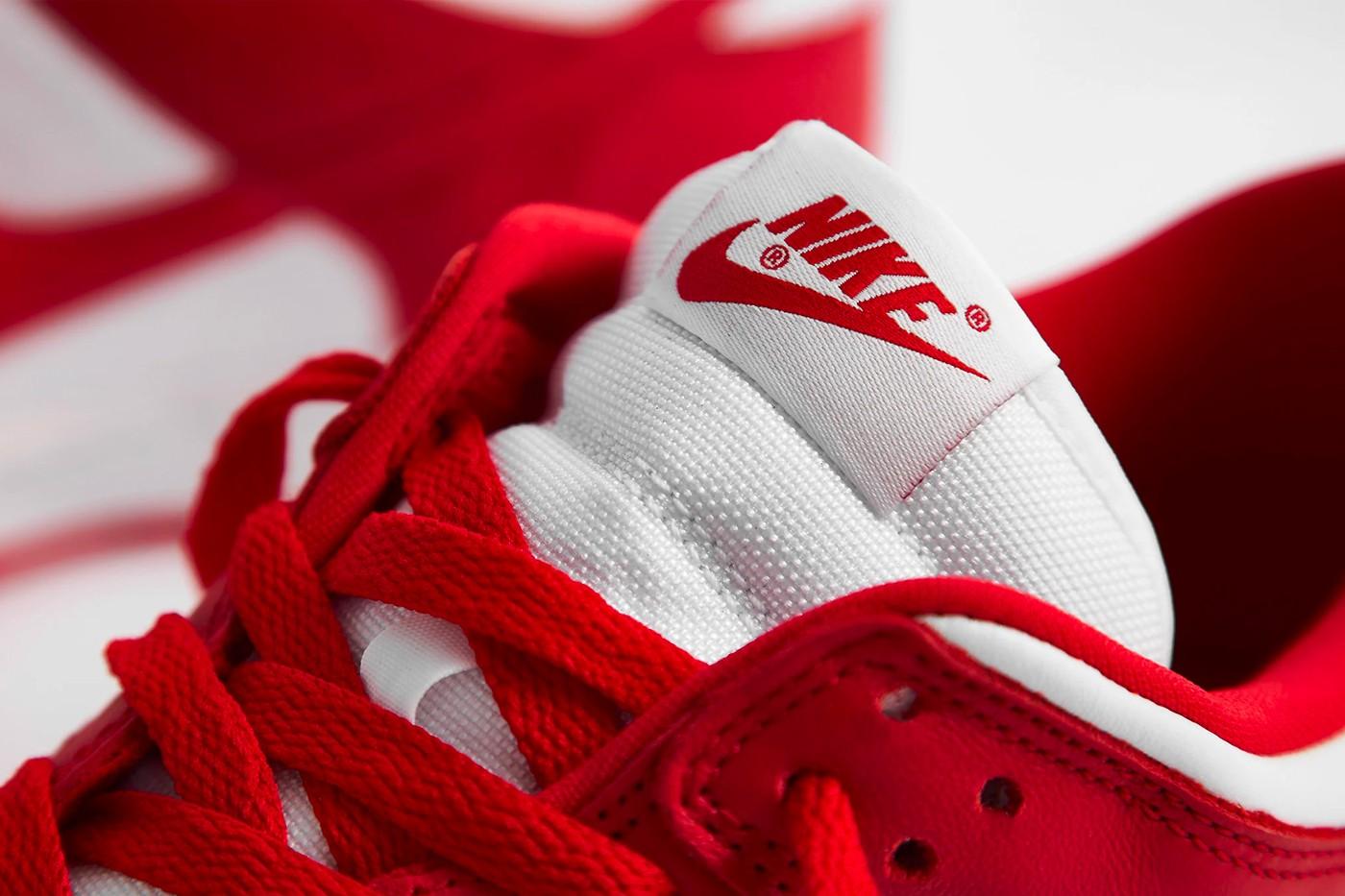 """Taskukohasema hinnaga Nike Dunk Low SP """"University Red"""" kukub 12. juunil"""