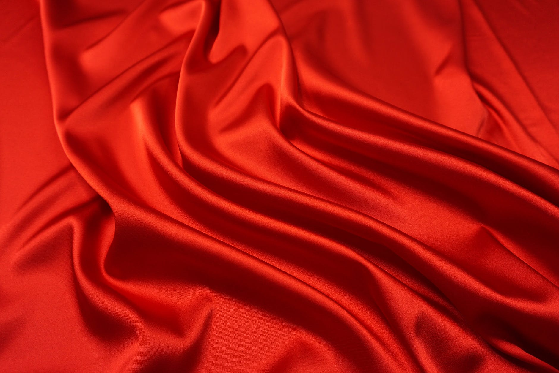 red curve luxury shining