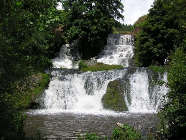 а ось і водоспад :)