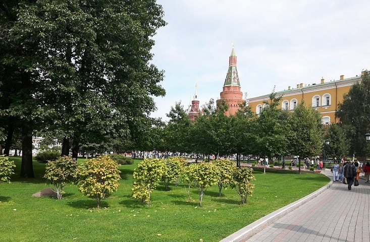 Red Square Kremlin – A walk through the heritage sites in Moscow