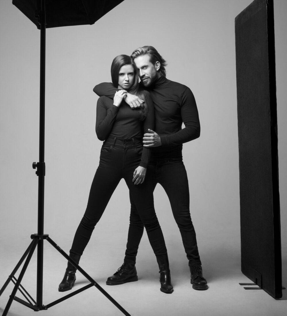 Kadernik Tomas Arsov nafotil kampan s modelkou Dominikou Branisovou 5 scaled e1614187941632